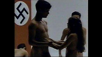 แหกหีเย็ด แก้ผ้า เสียบหีดุ เย็ดเลือดไหล เย็ดสาวเยอรมัน