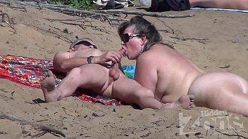 โม๊กควย แอบถ่ายริมชายหาด แอบถ่ายฝรั่ง แอบถ่ายคนเย็ดกัน แก้ผ้า