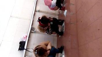 โป๊หี แอบถ่ายในห้องน้ำร้านอาหาร แอบถ่ายหีหลายคน แอบถ่ายหี แอบถ่ายสาวญี่ปุ่น
