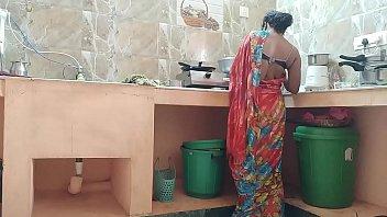 แกงกระหรี่ เย็ดในห้องครัว เย็ดแม่ครัว เย็ดตอนทำอาหาร เชฟเย็ดแม่ครัว