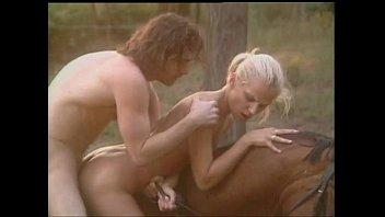 แนวแปลก เอากับม้า เย็ดบนหลังม้า เย็ดด้านหลัง เย็ดกัน