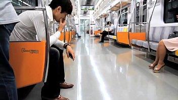 โป๊18+ เอากัน เย็ดบนรถไฟฟ้า เย็ดนางเอกเกาหลี เย็ดนอกสถานที่