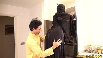 โยกหี โป้ เย็ดในครัว เย็ดเพื่อนบ้านสาว เย็ดสาวอิสลาม
