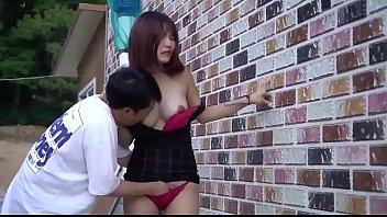 โป๊เกาหลี เอาท์ดอร์ เย็ดคนข้างบ้าน เย็ดข้างกำแพง เย็ดกลางแจ้ง