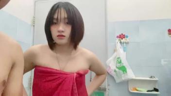 เย็ดไทย เย็ดในห้องน้ำ เย็ดสาวผมสั้น เย็ดท่ายืน หีไร้ขน